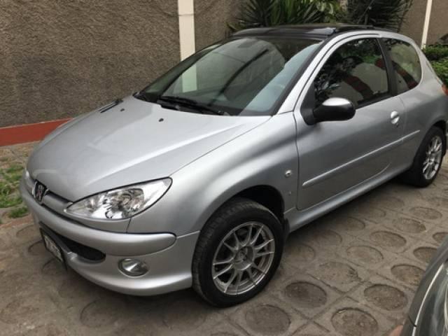 Peugeot 206+ 1.6 Xs usado 118.500 kilómetros Lima