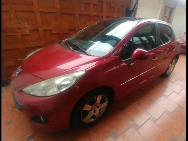 Peugeot 206+ Hatchback Hatchback gasolina dirección hidráulica Lima