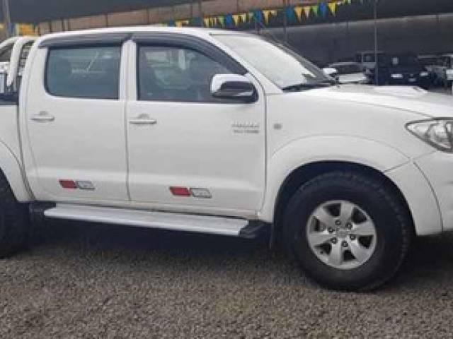 Toyota Hilux srv usado automático