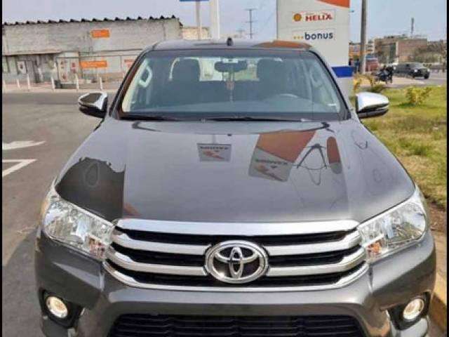 Toyota Hilux srv $15.700