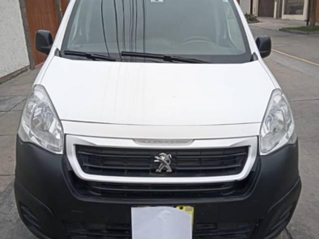 Peugeot Partner VU 2016 54.000 kilómetros automático San Borja